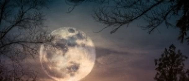Mjesec u elementima i astrološkim konstelacijama