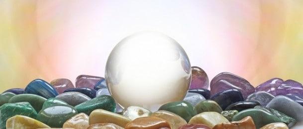 Mjesečevi kristali i drago kamenje