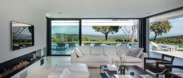 Kako Lav uređuje stan?