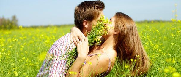 Kako znati je li muškarac zaljubljen?